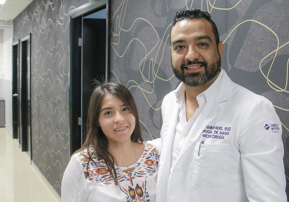 una-mano-para-tus-manos-campaña-social-cirugias-gratuitas-dr-emmanuel-ruiz-monterrey-cirujano-de-mano-5